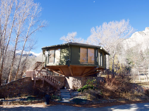 Tree House Hot Spring